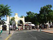 Foto de Fuengirola, Avda. Santos Rein, España - Mercadillo