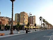 Foto de Malaga, Puerto de Malaga, España - Muelle Uno