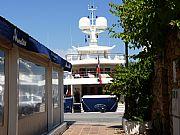 Foto de Marbella, Puerto Banus, España - Juguete de millonarios