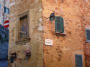 Via Grassi, Montepulciano, Italia