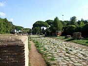 Foto de Ostia Antica, Decumano Massimo, Italia - Calzada empedrada