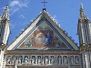 Fachada del Duomo , Orvieto, Italia