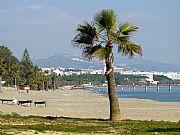 Playa de Puente Romano, Marbella, España