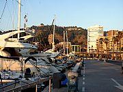 Foto de Malaga, Puerto de Malaga, España - Con Gibralfaro al fondo