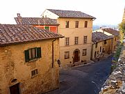 Via Talosa, Montepulciano, Italia