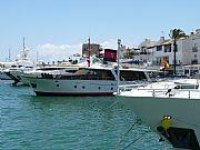 Foto de Marbella, Puerto Banus, España - Asi cualquiera...