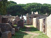Via de la Palestra , Ostia Antica, Italia