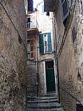 Via Giulia, Nemi, Italia