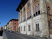 Lungarno Mediceo, Pisa, Italia