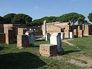 Via de la Palestra, Ostia Antica, Italia