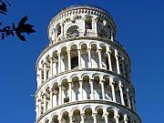 Foto de Pisa, Torre Inclinada, Italia - Los pisos superiores