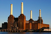 Photo of London, Battersea Power Station, United Kingdom - BATTERSEA POWER STATION