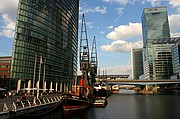 Photo of London, Canary Wharf, United Kingdom - CANARY WHARF