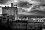 Camara NIKON D70 Torre de la vela y granada La Alhambra GRANADA Foto: 12503