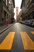 Camara NIKON D70 paso de peatones Florencia FLORENCIA Foto: 14176