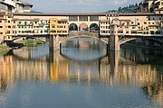 Camara NIKON D70 ponte vecchio y reflejo horizontal Florencia FLORENCIA Foto: 14166
