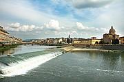 Rio Arno, Florencia, Italia