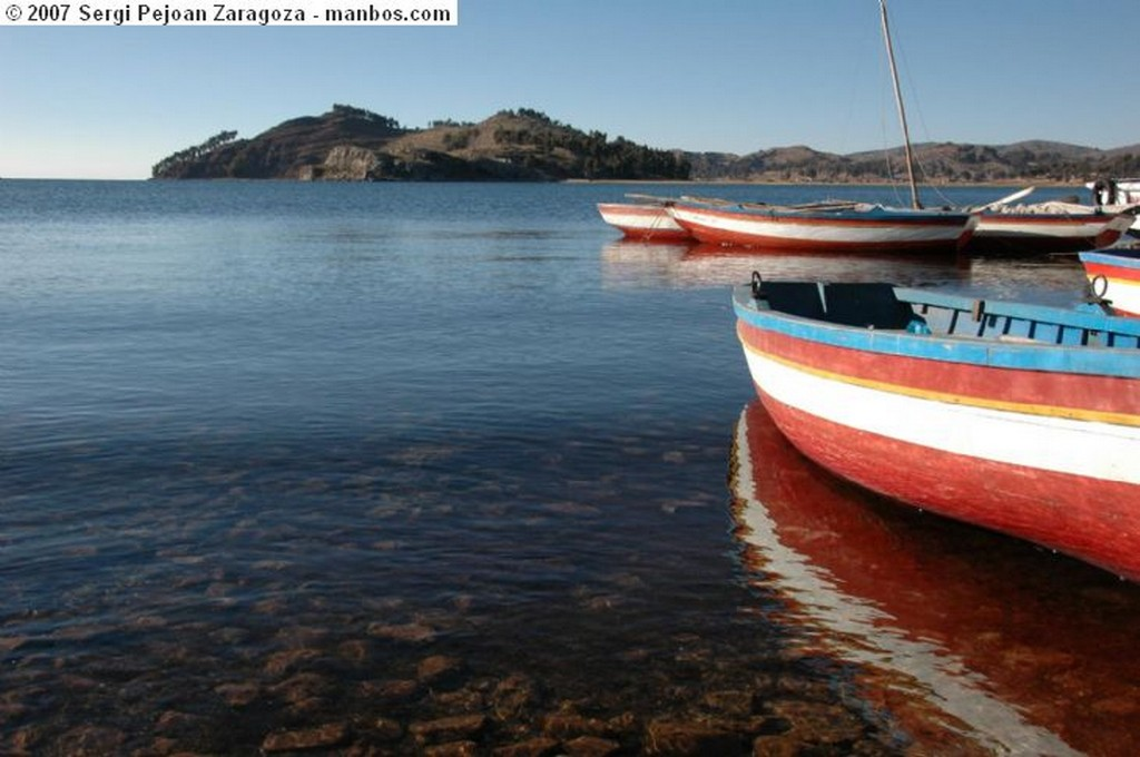 Isla Tikonata Lago Titikaka Puno