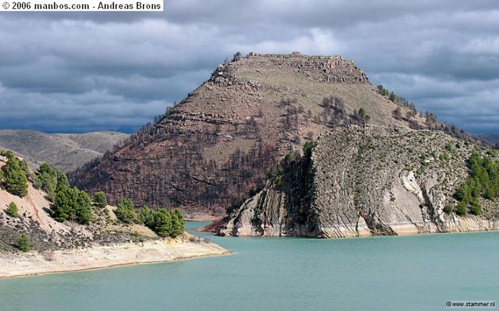 Alcaine Embalse de Cueva Foradada Teruel