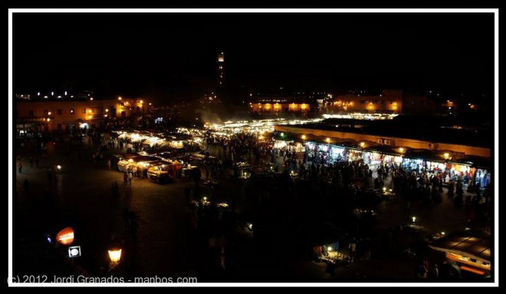 Aghbala Mujeres al mercado Marruecos